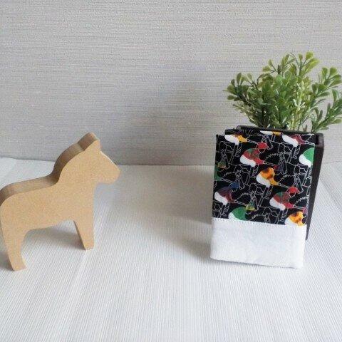 黒★競馬柄カードケース(白)