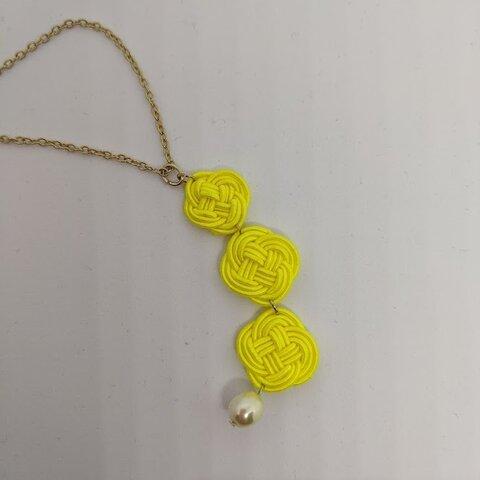 菜の花結びのネックレス
