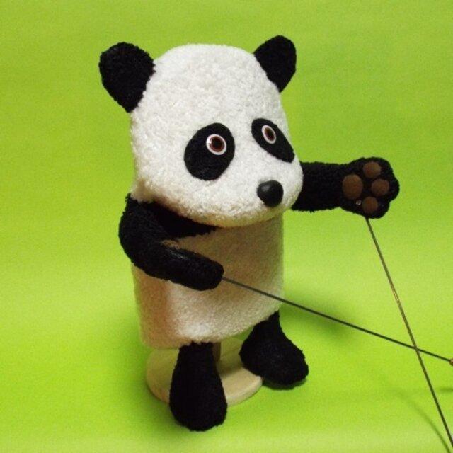 球 パンダ 肉 パンダは実は肉食で雑食!笹を食べる理由と笹以外の食べ物を紹介